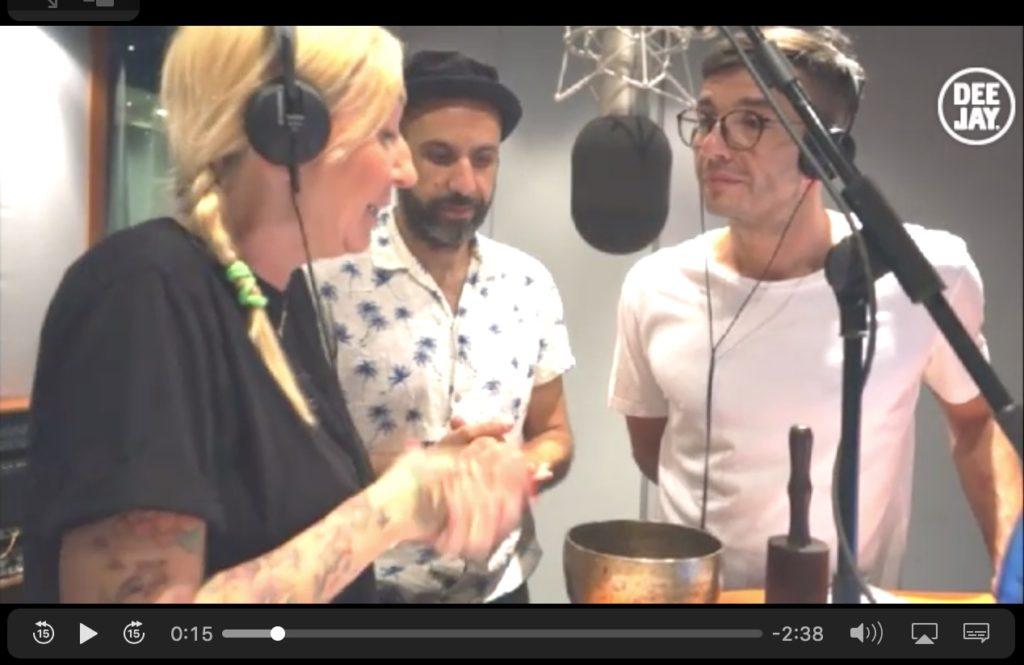 Alma Matters a Radio DJ