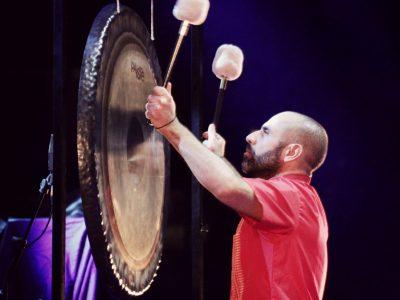 Bagno di gong foto di Manuele Blardone
