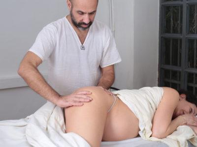 Massaggio gravidanza scuola Alma Matters Milano